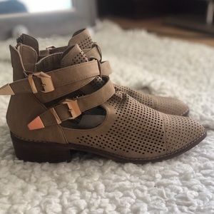 Forever 21 boots - size 10 - little use